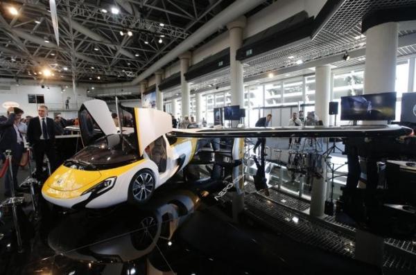 AeroMobil принимает предзаказы на летающий автомобиль стоимостью от 1,2 млн евро