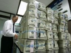 Photo of Трамп томагавками укрепил курс доллара и повалил рубль
