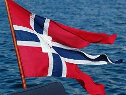 Двое российских рыбаков случайно уплыли в Норвегию на сломанной лодке