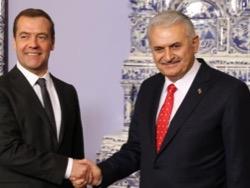 Photo of Россия решает, в какую страну Европы пустить «Турецкий поток»