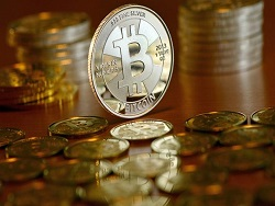 Кто раскручивает биткоин