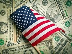 Зачем мы вкладываем миллиарды в США, если сами денег не хватает?