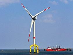 Photo of В Англии создан ветропарк из 32 крупнейших в мире офшорных турбин