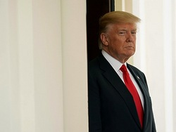 Противников выхода США из Парижского соглашения Трамп атакует ретвитами