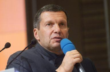 Photo of Соловьев ответил требующим его увольнения россиянам