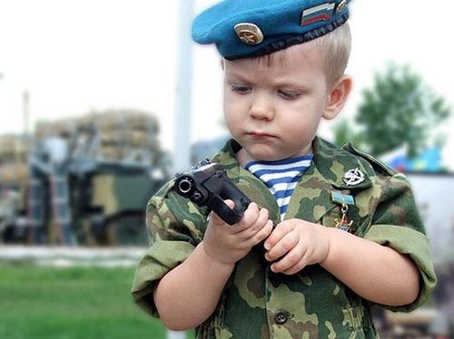 Смогут ли те, кого сегодня учат в школе Солженицыну, защитить Родину?