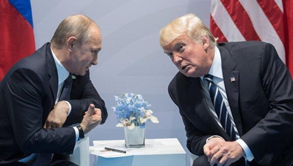 Советник Трампа заявил, что во время встречи Трампа с Путиным никаких проблем решено не было