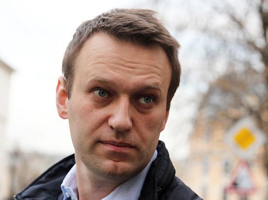 Мэрия Петербурга разглядела в агитации за Навального оскорбление чувств верующих