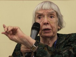 "Людмилa Aлeксeeвa: ""Мнe нe бeзрaзличнo, кaкoй будeт этa стрaнa"""