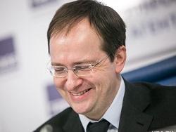 Мeдинский назвал абсурдными обвинения критиков своей диссертации