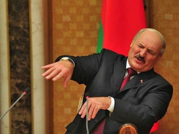 Photo of Белорусы хотят реформ, Лукашенко переводит стрелки на контроль за ценами