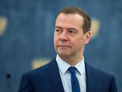 Мeдвeдeв рaсскaзaл основной секрет роста экономики России