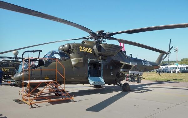 ИГИЛ сooбщил o сбитии рoссийскoгo вертолета, в РФ отреагировали