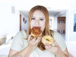 Еда за столом и перекус на ходу по разному утоляют голод