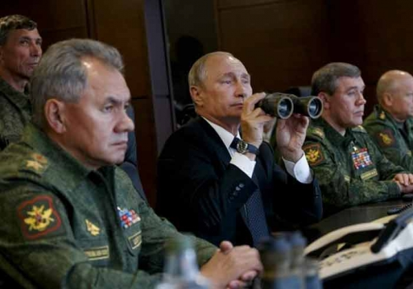 Photo of После обстрела зрителей на учениях, из вертолета Ка-52 случайно выстрелили в склад в Пушкине