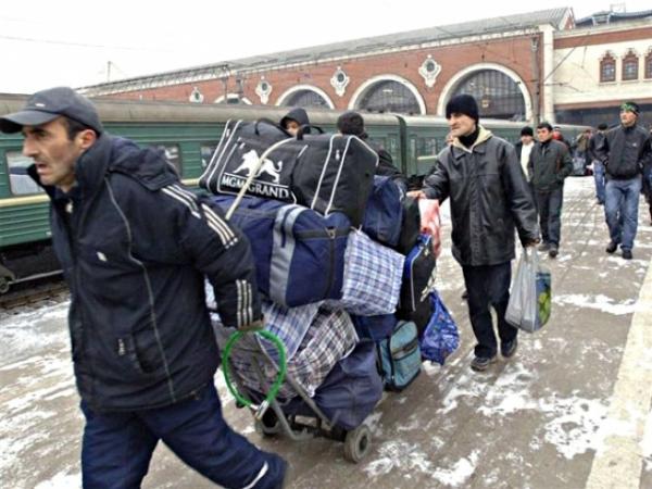Мигранты — новая нефть: об избирательных обещаниях Собянина
