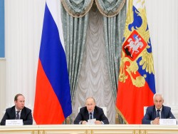 Путин заявил о выходе российской экономики из рецессии