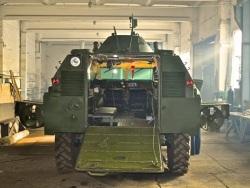 Photo of В Сети высмеяли новый украинский броневик: «Сало» или «Хлам»