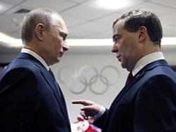 Радостные старты Путина и Медведева: РФ деньги некуда девать