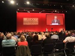 Лейбористская партия получила от избирателей 17 тысяч электронных писем