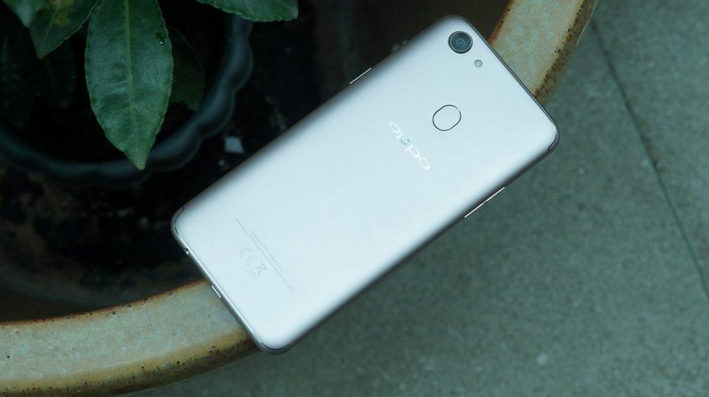 Oppo F5 в России: взгляд на смартфон от лидера в Китае