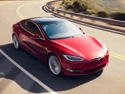 В Евро союзе Tesla Model S в первый раз опередил по продажам BMW 7 Series и Мерседес S Class