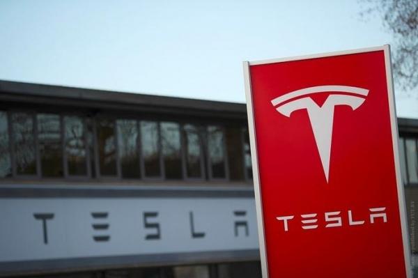 Акционеры Tesla назначили Илону Маску зарплату в 2,6 млрд долларов в год
