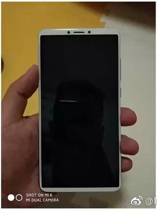 Свежие снимки Xiaomi Redmi Note 5 показали экран 18:9 и двойную камеру