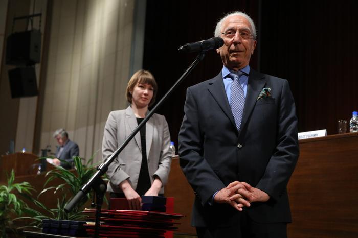 Вознаграждение Маджида Самии Большой золотой медалью имени Н.И. Пирогова