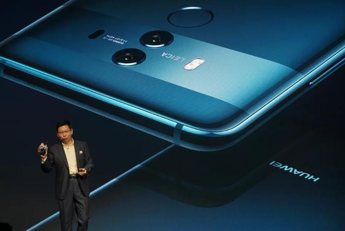 Huawei и ZTE готовятся к буму складных смартфонов в 2018 году