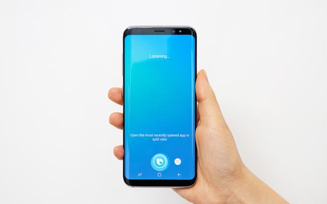 Photo of Bixby лишилась кнопки активации и главы отдела совершенствования Samsung