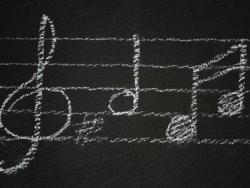 Прослушивание музыки наращивает продолжительность тренировки