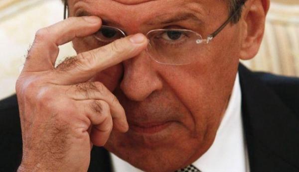 Photo of Кто и для чего посылает в отставку Лаврова