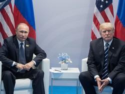 Потешное противостояние левых властителей: Путина и Трампа