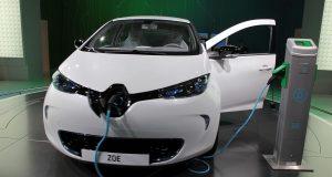 Владельцев электрокаров предложили освободить от транспортного налога