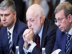 """Нищих """"кремлевских олигархов"""" будут спасать богатые бюджетники"""