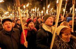 Украина: националисты поддержали учительницу, поздравившую Гитлера с днем рождения