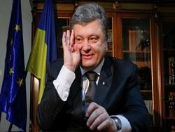 Порошенко отреагировал на запуск Керченского моста