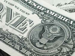 Photo of СМИ: Америка стоит на краю экономической пропасти