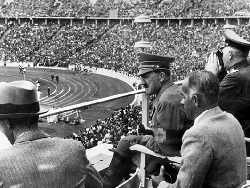 Photo of Кто разрешил Гитлеру провести Олимпиаду и чем это закончилось
