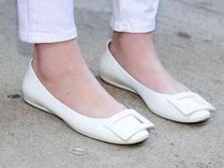 Photo of Ученые назвали самую вредную и полезную обувь
