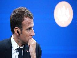 Школьники на коленях: почему под Парижем задержали десятки подростков?