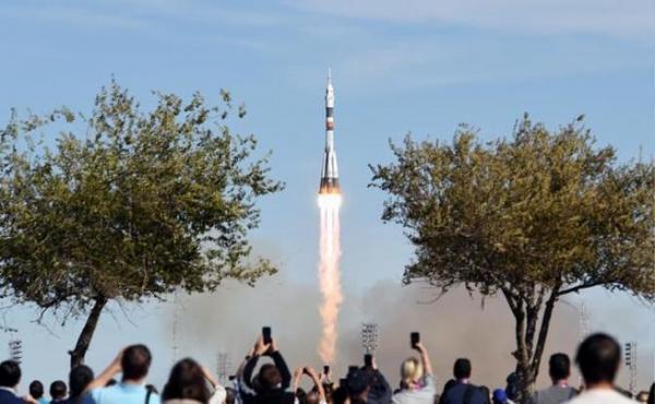 """""""Катастрофа Союз МС-10"""": Похоже, псих с дрелью был не из NASA, а из """"Роскосмоса"""""""
