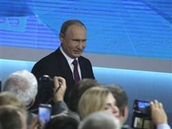 Путин заявил, что доволен правительством Медведева