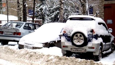 Готовьте денежки: парковка в московских дворах может стоить от 35 тысяч0