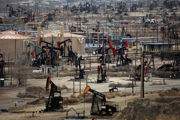 Photo of Сланцевая добыча еще в этом году превратит США в нетто-экспортера нефти