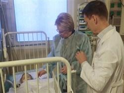 Photo of Спасенный в Магнитогорске младенец пошел на поправку