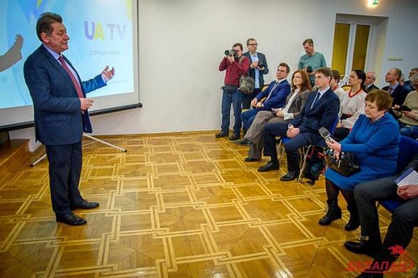«Появляется возможность смотреть непредвзятую информацию». Украинский калал в Минске1