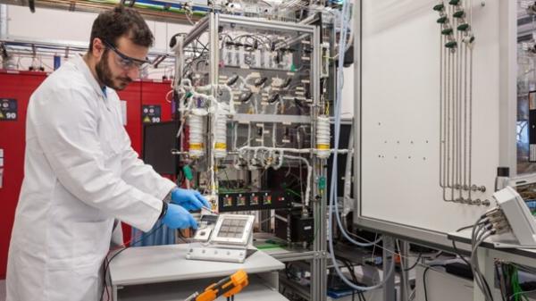 Toyota разработала устройство для получения водорода из воздуха0