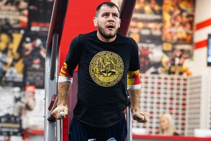 UFC запретил украинскому бойцу выйти в октагон под песню «День Победы»0